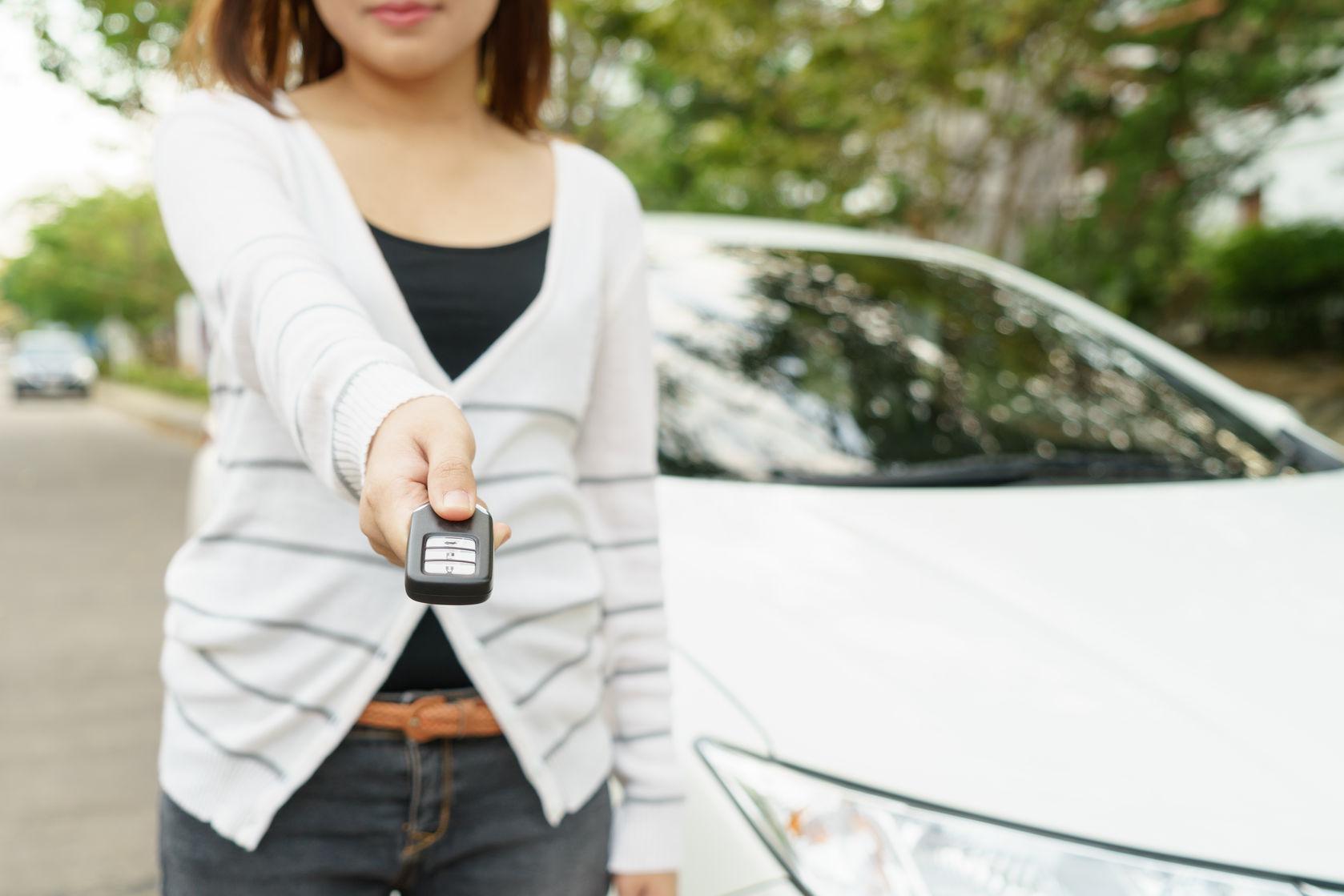 lending car key